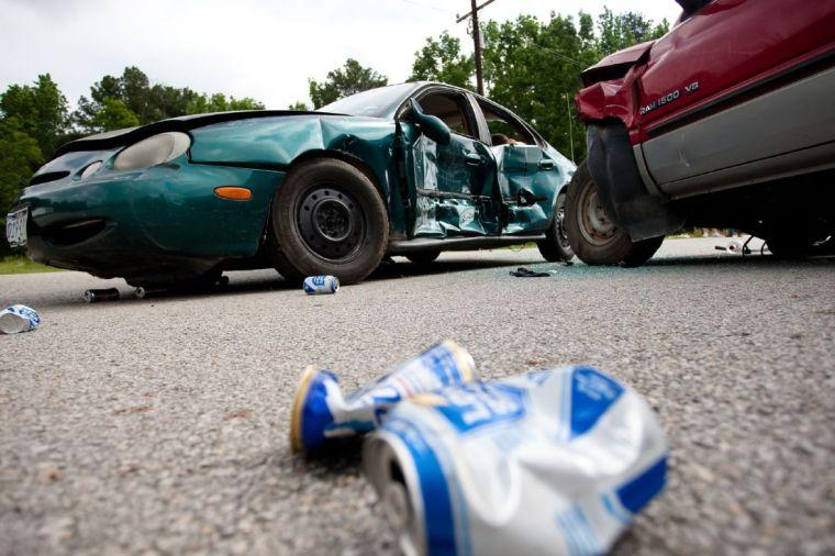 problem solution car accident essays